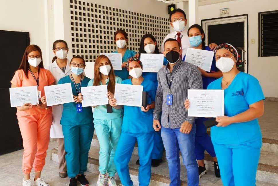Reconocimiento a las enfermeras de la Clínica de Prevención del Cáncer en su día